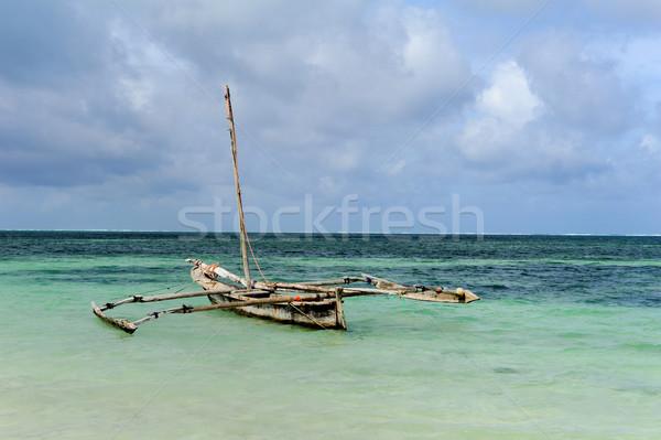 Edad pesca barcos océano Kenia Foto stock © byrdyak