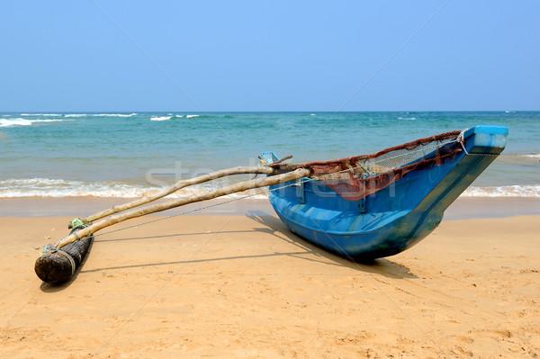Pesca barcos vacío playa Sri Lanka Foto stock © byrdyak
