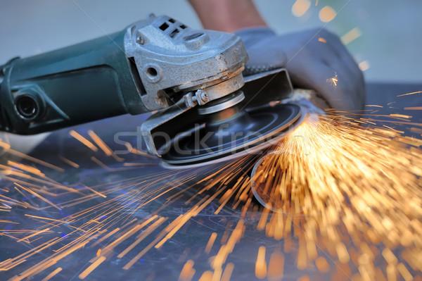 Işçi Metal öğütücü sparks çalışmak Stok fotoğraf © byrdyak