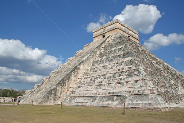 El Castillo Stock photo © ca2hill