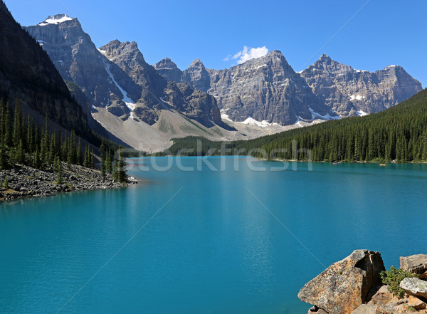 Lake Moraine Ledge