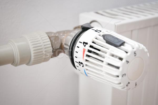 Vanne radiateur maison mur chambre bleu Photo stock © Calek