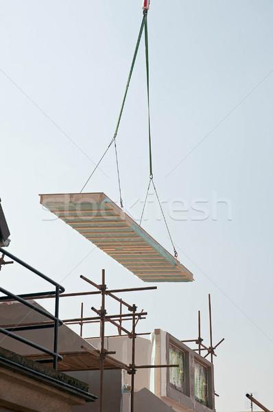 Casa edificio nuevos bajo energía cielo Foto stock © Calek