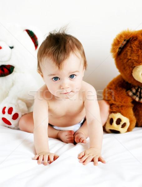 Garçon peu séance Nounours bébé Photo stock © Calek