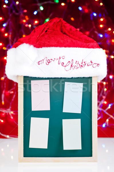 Karácsony hirdetőtábla mikulás kalap cetlik iskolatábla Stock fotó © calvste