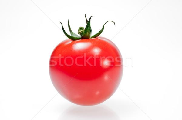 Bir domates yalıtılmış beyaz taze kırmızı Stok fotoğraf © calvste