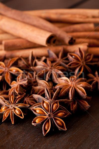 звездой анис корицей деревянный стол продовольствие Сток-фото © calvste