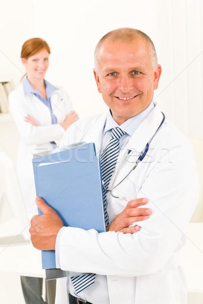Medici medico squadra senior maschio tenere Foto d'archivio © CandyboxPhoto