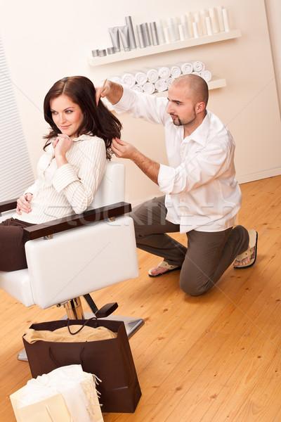 Professionali parrucchiere pettine cliente salone maschio Foto d'archivio © CandyboxPhoto
