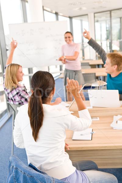 Stockfoto: Middelbare · school · studenten · handen · klas · hoogleraar · vrouw