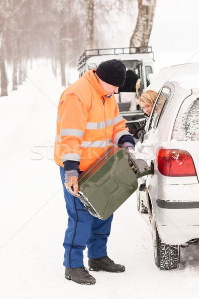 Férfi tömés nő autó benzin tél Stock fotó © CandyboxPhoto
