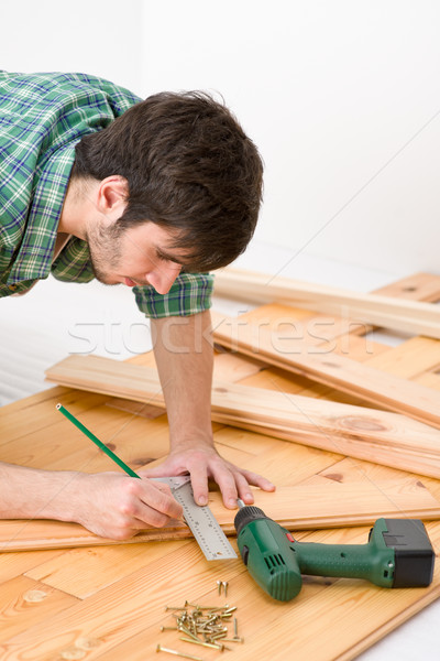 Foto stock: Mejoras · para · el · hogar · manitas · interior · piso