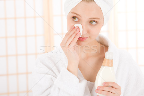 Acne adolescente mulher limpar pele Foto stock © CandyboxPhoto