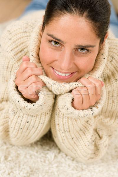 Inverno ritratto felice donna indossare pullover Foto d'archivio © CandyboxPhoto