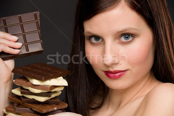 Czekolady portret zdrowych kobieta cieszyć się słodycze Zdjęcia stock © CandyboxPhoto