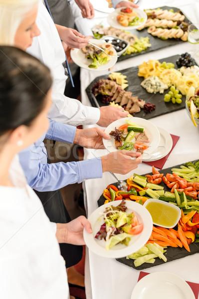 Catering voedsel buffet zakelijke bijeenkomst zakenlieden rond Stockfoto © CandyboxPhoto
