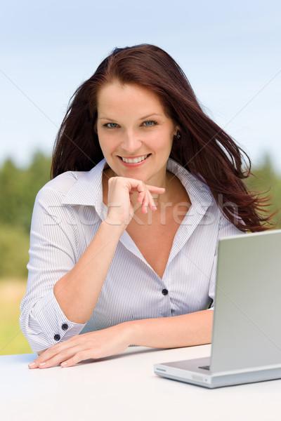 Geschäftsfrau sonnig Natur Laptop Lächeln jungen Stock foto © CandyboxPhoto