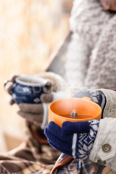 Coppe tè inverno mani campagna Foto d'archivio © CandyboxPhoto