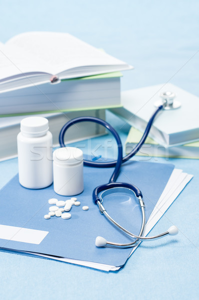 Médico médico pílulas azul medicina Foto stock © CandyboxPhoto