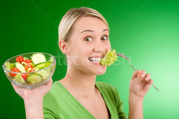 Egészséges életmód nő tart zöldség saláta zöld Stock fotó © CandyboxPhoto