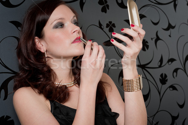 Cocktail party vrouw avondkleding lippenstift kijken Stockfoto © CandyboxPhoto