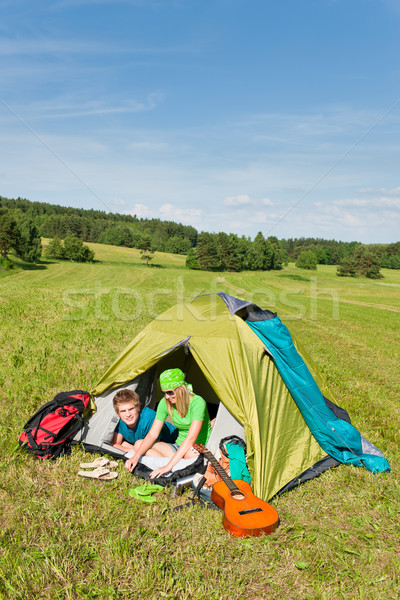 Kemping para wewnątrz namiot lata Zdjęcia stock © CandyboxPhoto