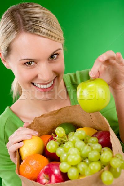 Kobieta owoców zakupy torby papierowe zielone Zdjęcia stock © CandyboxPhoto