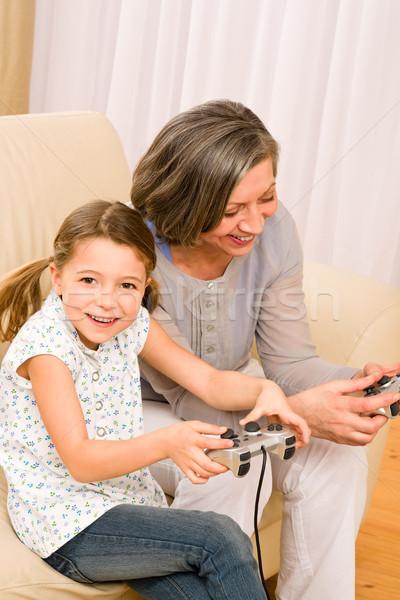 бабушки внучка играть компьютерная игра восторженный Сток-фото © CandyboxPhoto