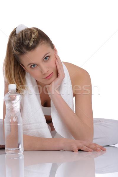 Сток-фото: фитнес · молодые · женщину · воды · полотенце · белый