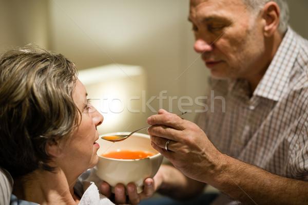 Gondoskodó idős férfi etetés beteg feleség Stock fotó © CandyboxPhoto