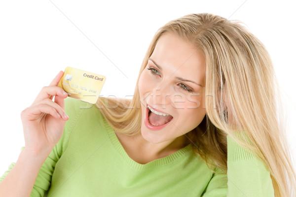 Foto stock: Casa · compras · mulher · jovem · cartão · de · crédito · branco