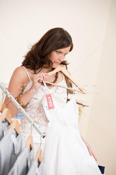 Stockfoto: Mode · winkelen · gelukkig · vrouw · kiezen · verkoop