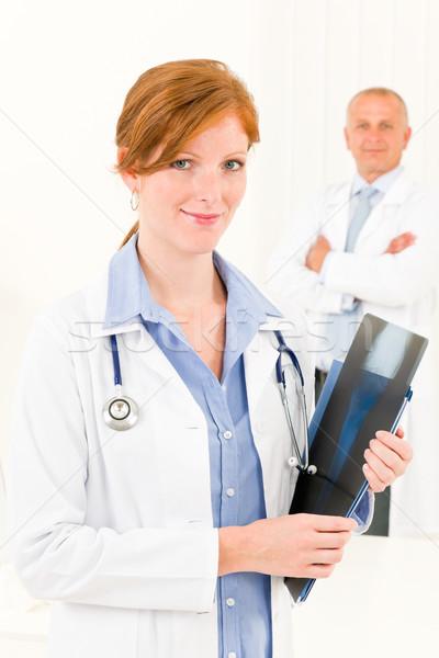 Сток-фото: медицинской · врач · команда · молодые · женщины