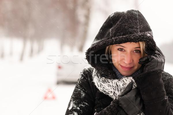 Vrouw auto sneeuw ongeval winter weg Stockfoto © CandyboxPhoto