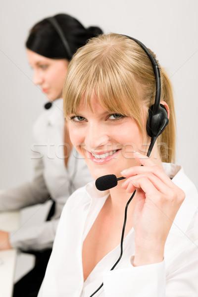 Stockfoto: Klantenservice · vrouw · call · center · telefoon · hoofdtelefoon · team