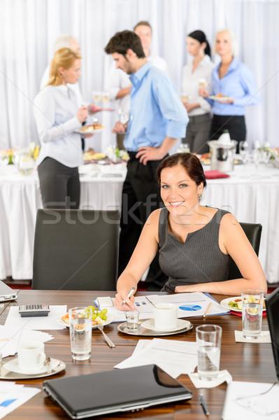 Mujer de negocios trabajo restauración buffet empresa evento Foto stock © CandyboxPhoto