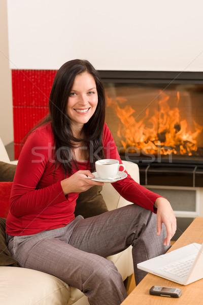 Pausa caffè donna bevanda calda home Foto d'archivio © CandyboxPhoto