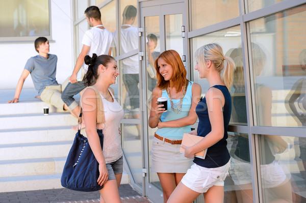 Stock foto: Studenten · Mädchen · zusammen · außerhalb · College