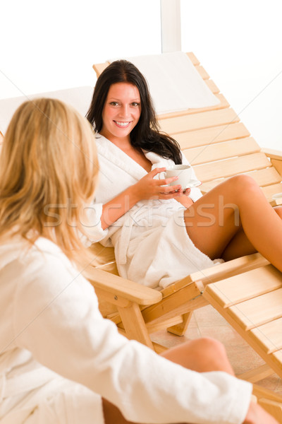 Schoonheid spa twee vrouwen ontspannen praten gezondheid Stockfoto © CandyboxPhoto