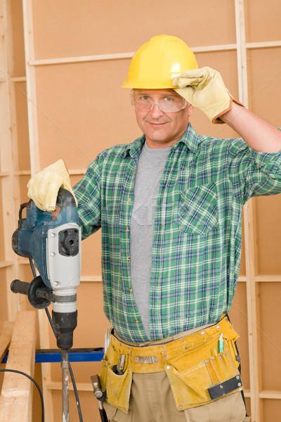 Сток-фото: мастер · на · все · руки · рабочих · зрелый · дома · интерьер
