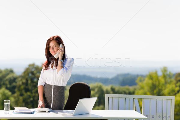 деловая женщина Солнечный природы служба призыв молодые Сток-фото © CandyboxPhoto