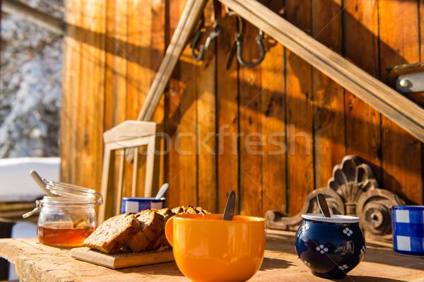 Stockfoto: Ontbijt · houten · tafel · buiten · winter · sneeuw · huisje