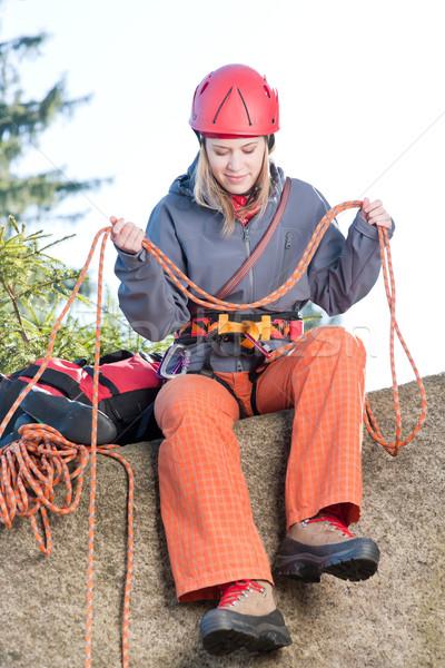 ストックフォト: アクティブ · 女性 · 岩クライミング · ロープ · 若い女性