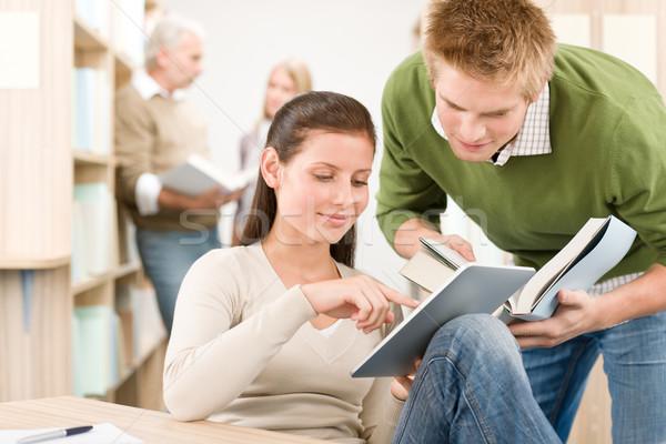 érintőképernyő táblagép diákok könyvtár csoport könyv Stock fotó © CandyboxPhoto