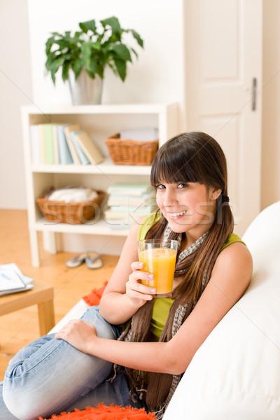 Foto stock: Feliz · adolescente · menina · sessão · casa · sofá
