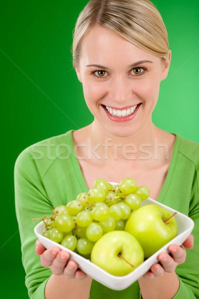 Stok fotoğraf: Kadın · çanak · yeşil · meyve