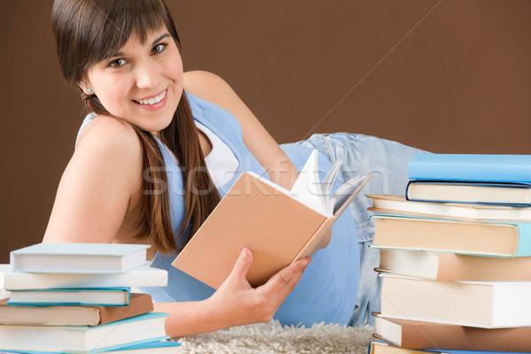 Zdjęcia stock: Domu · badania · kobieta · nastolatek · przeczytać · książki