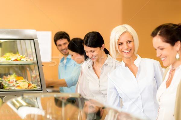 Stockfoto: Zakenvrouw · cafetaria · lunch · glimlachend · kiezen