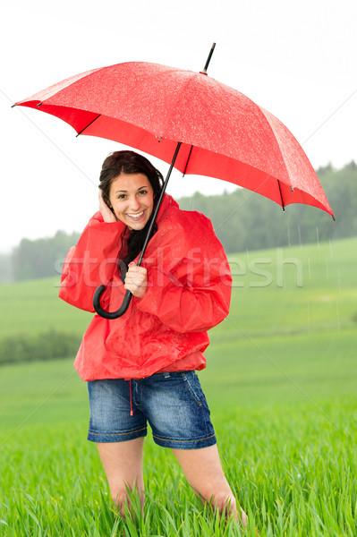 Feliz pie lluvia pradera mujer Foto stock © CandyboxPhoto