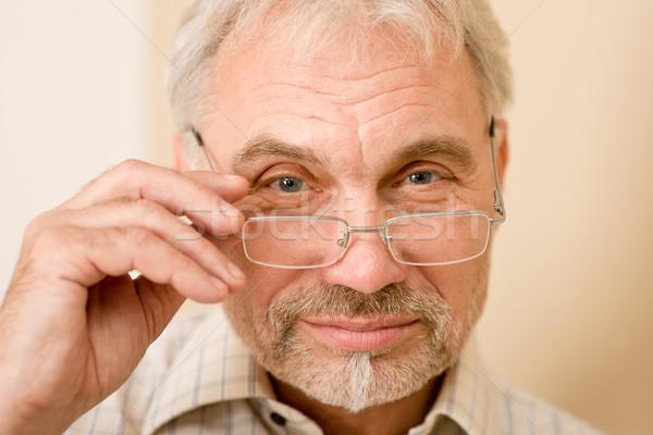 Foto stock: Senior · homem · maduro · óculos · olhando · câmera